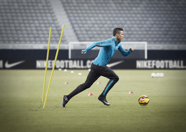CR7 con le nuove Nike Mercurial Superfly