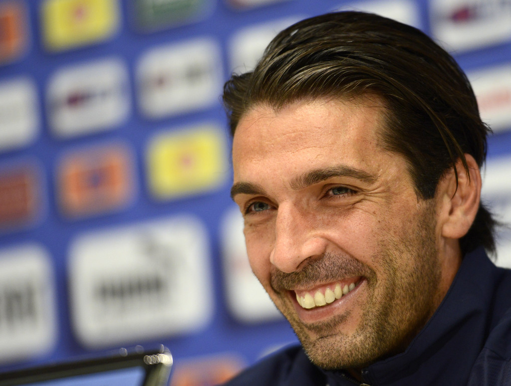 Gianluigi+Buffon+Short+Hairstyles+Short+Side+eHcQnSKZupnx