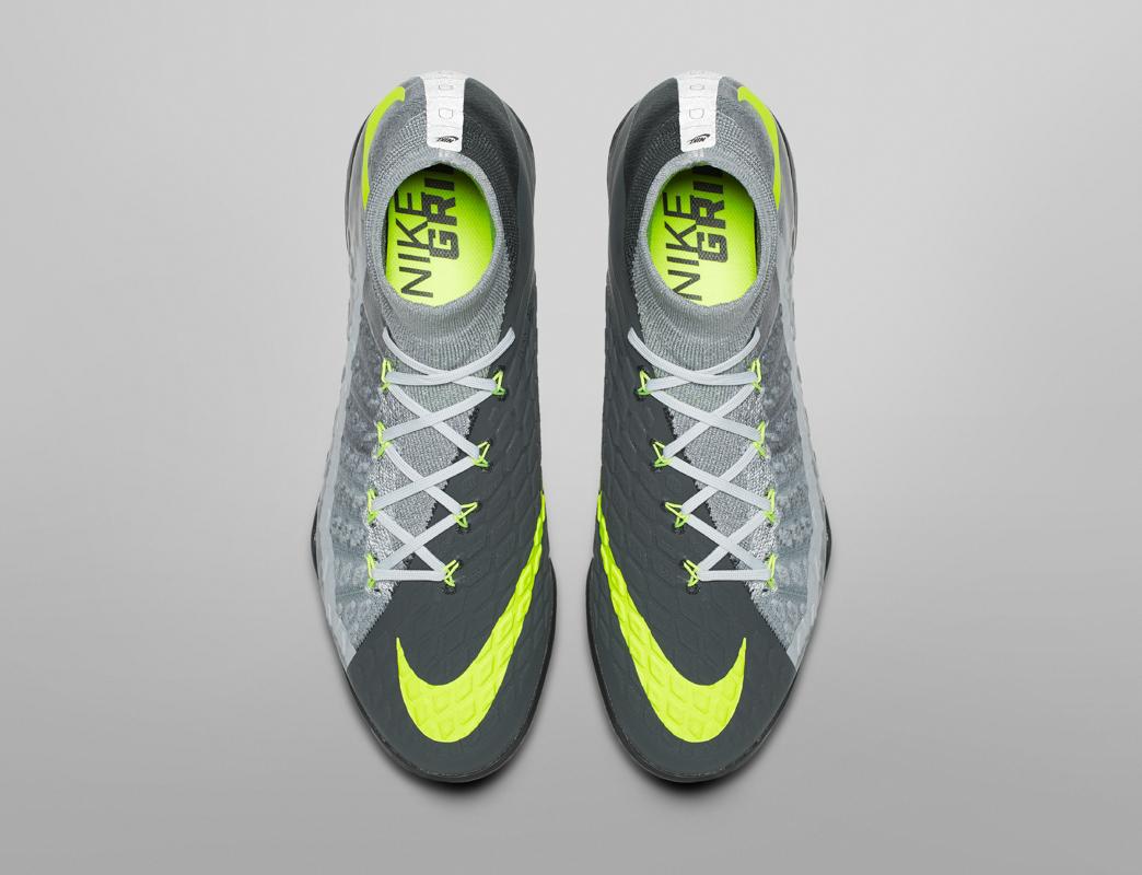 Nike Football Revolution Pack -7