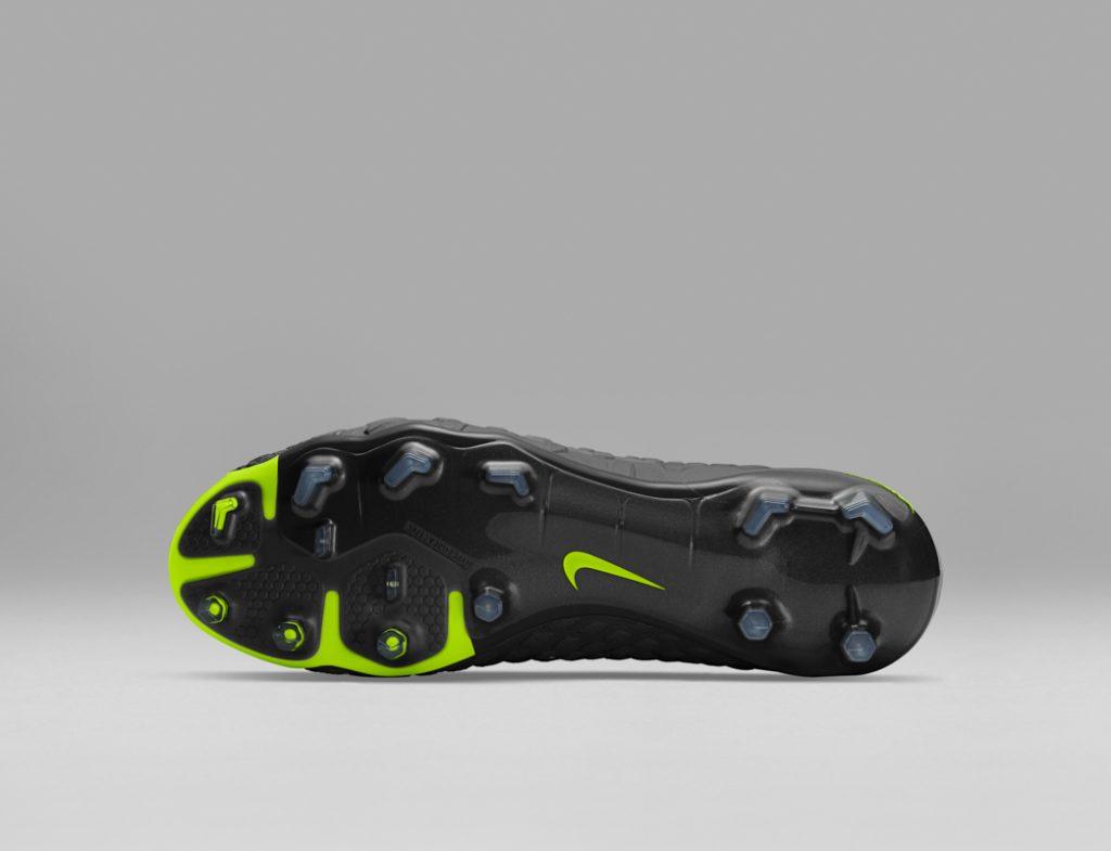 Nike Football Revolution Pack