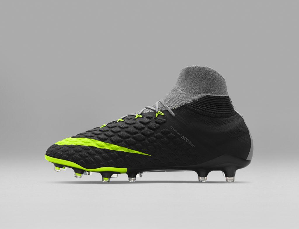 Nike Football Revolution Pack -75