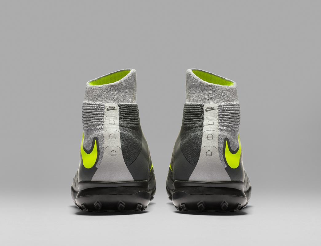 Nike Football Revolution Pack -9