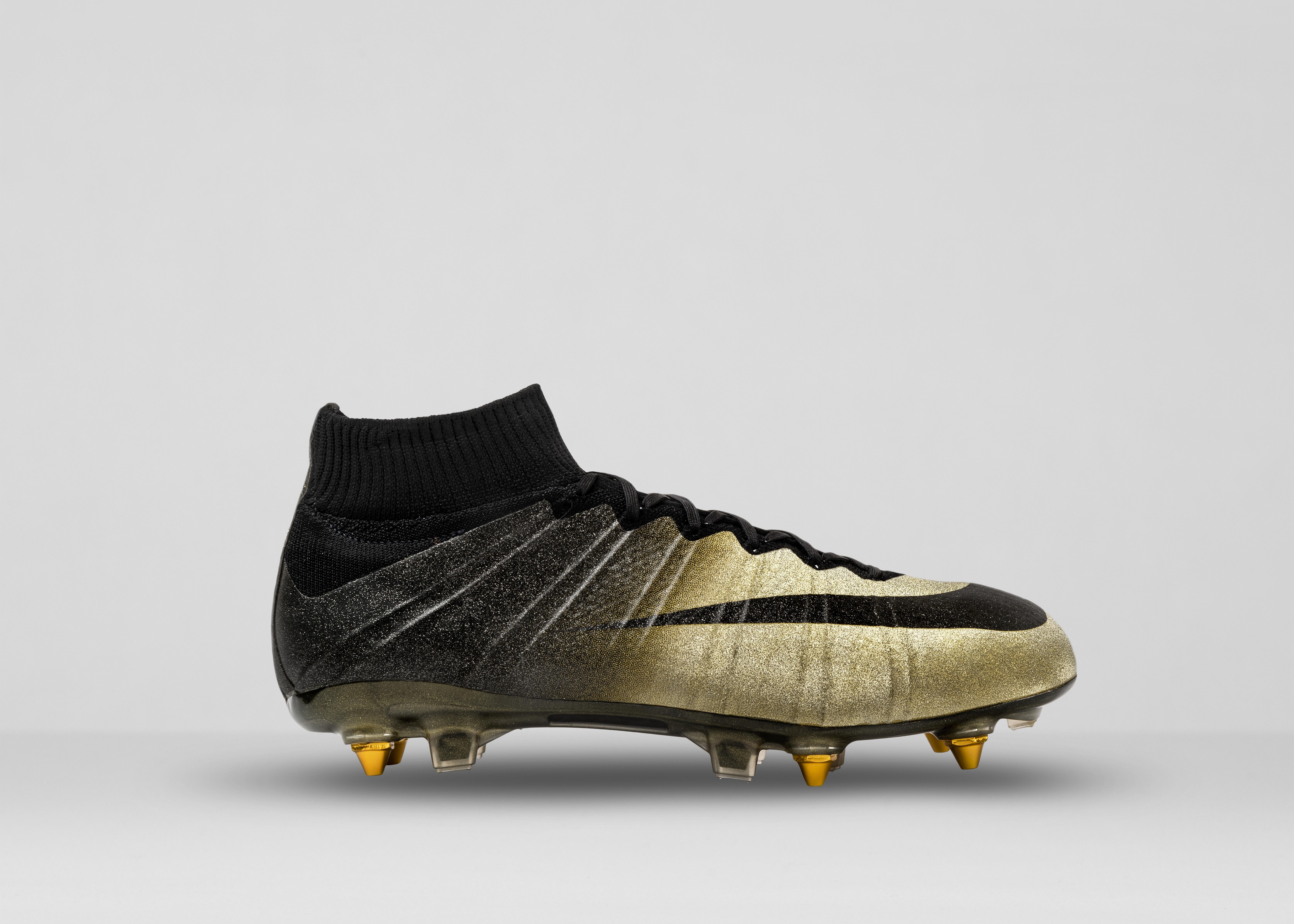 scarpe nike magista gold