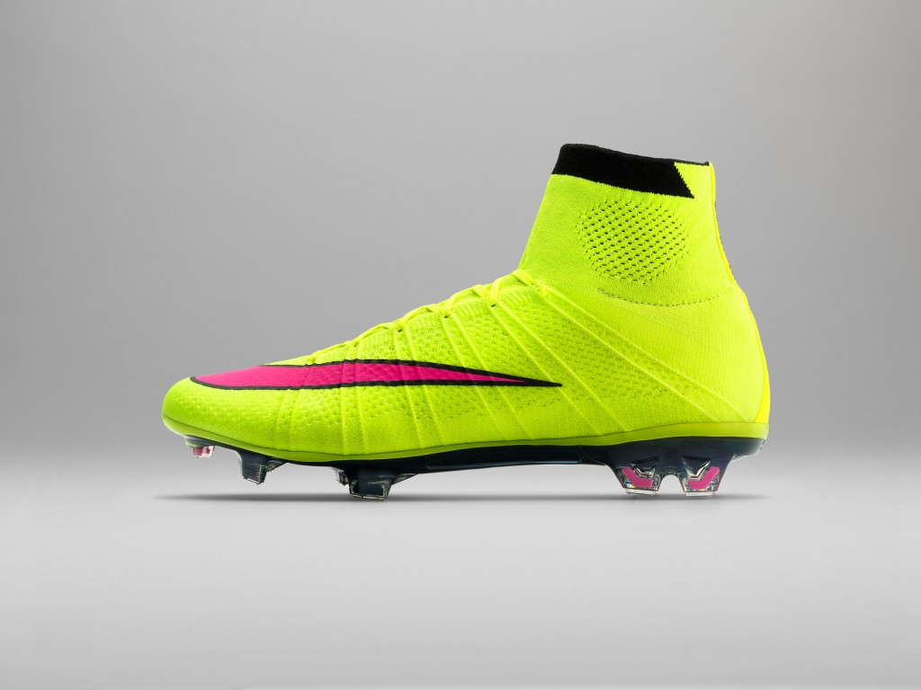 Sp15_FB_WE_4_Silo_Reverse_Pack_Mercurial_1_Outside_R_36959