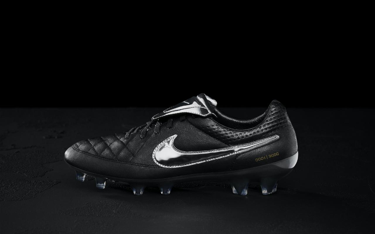 Francesco V Nike Legend Di PremiumLe Tiempo Totti 8nymOvN0wP