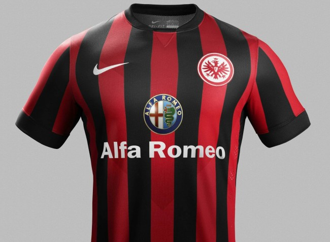 Eintracht-Frankfurt-14-15-Home-Kit (2)