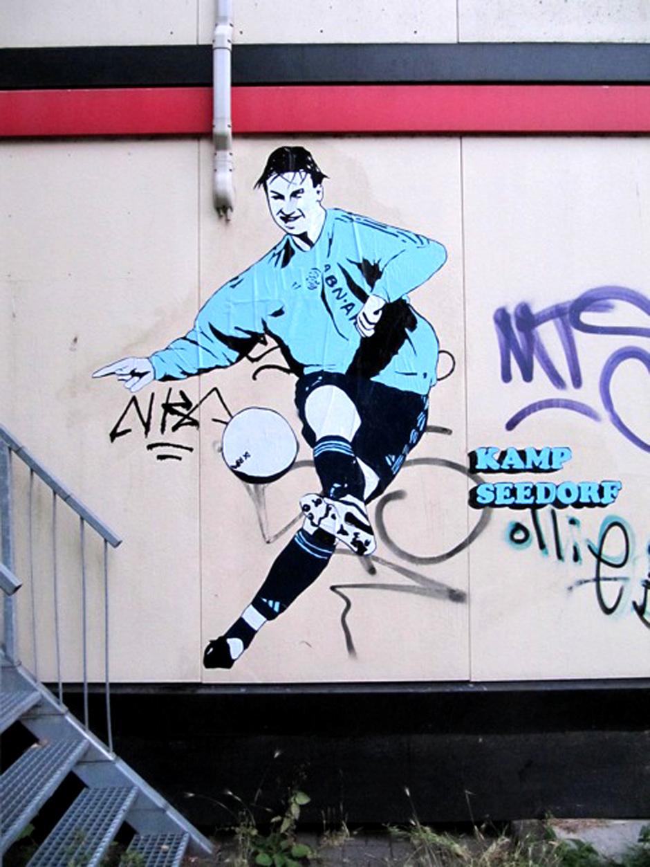 Zlatan-ibrahimovic-ajax-streetart-amsterdam-6