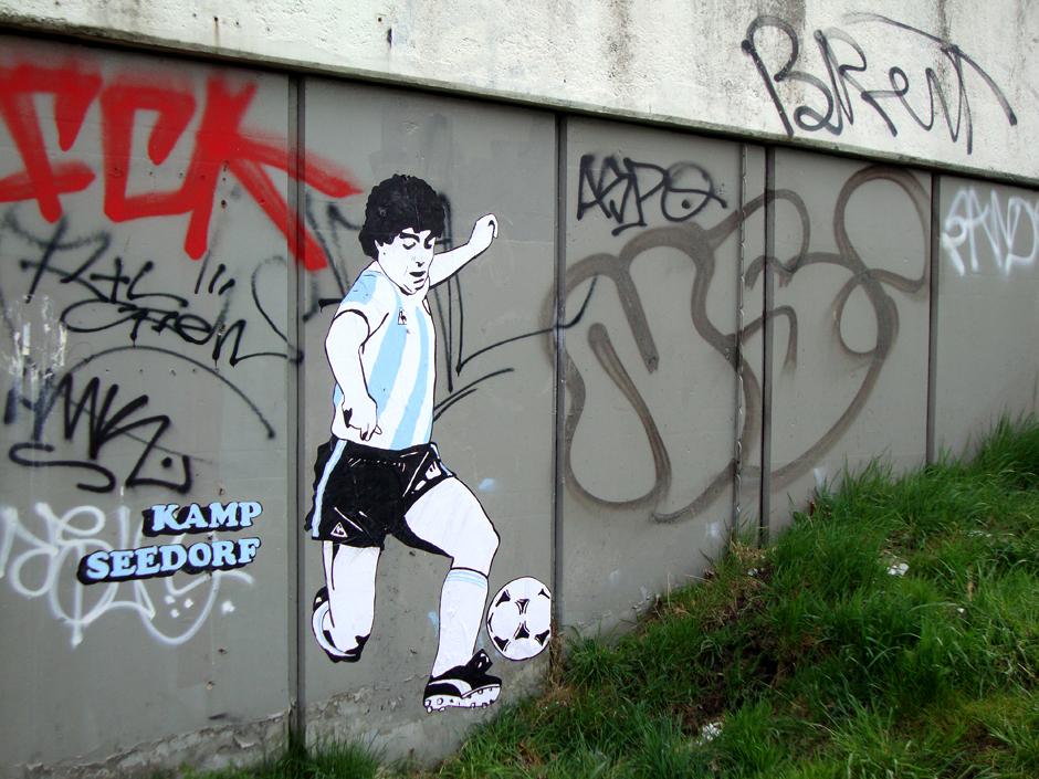 diego-maradona-amsterdam-streetart1