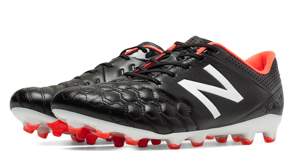 New Balance, fate largo a Visaro e Furon