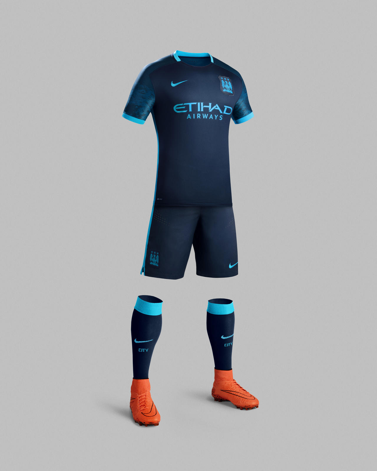 Blue Moon: la seconda maglia del Manchester City 2015/2016