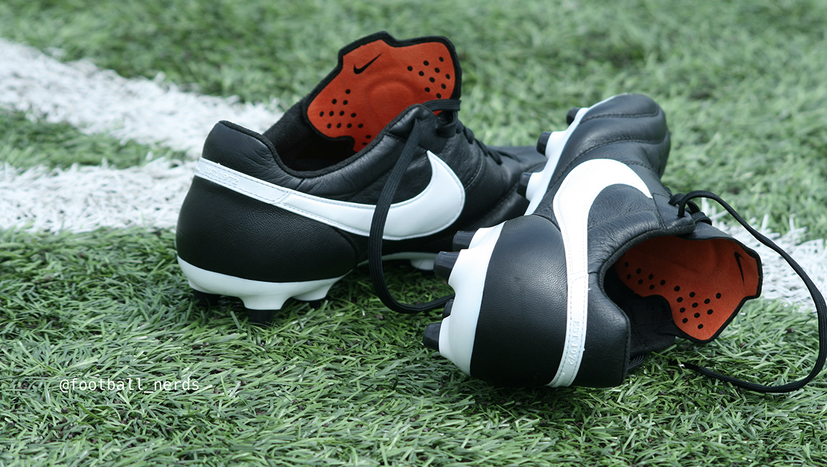 scarpe calcio nike pianta larga