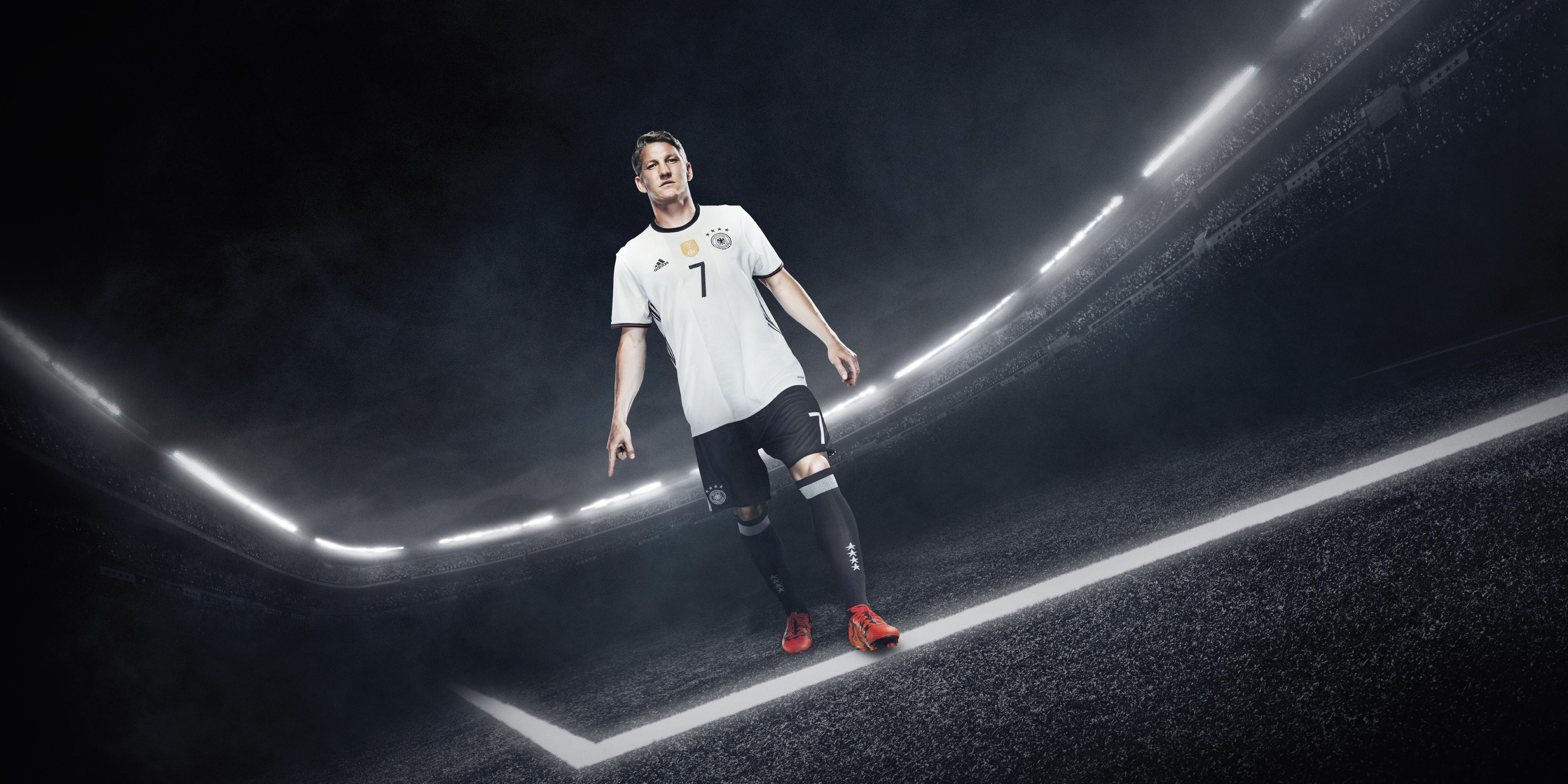 Kit Presenta Germania Il Home Della Adidas 4L3RcS5Ajq