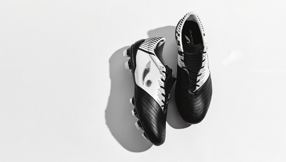 concave-blk-white-img1