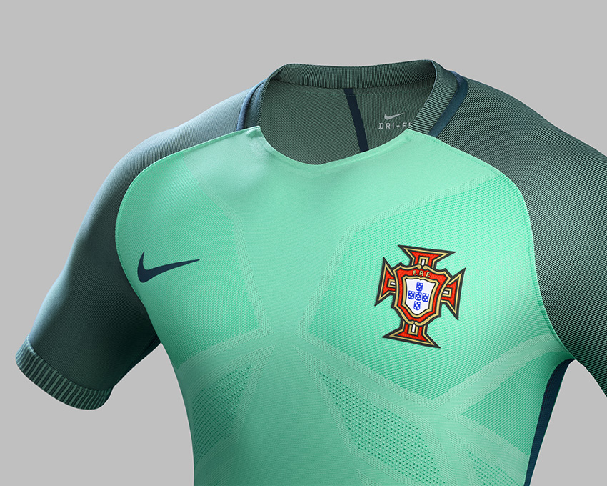 Su16_NTK_Comms_A_Crest_Portugal_original