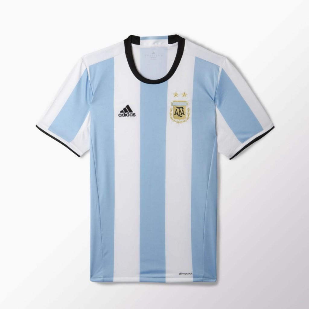 ee7cdb31bb Adidas e la nuova maglia dell'Argentina 2016