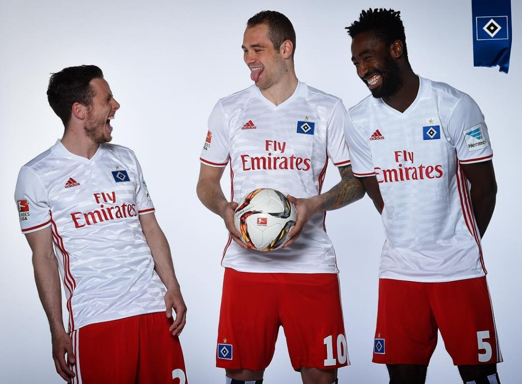 hamburg-16-17-home-kit-1