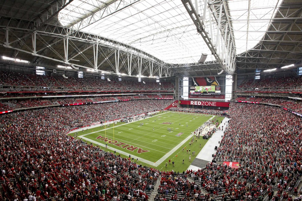 UNIVERSITY OF PHOENIX STADIUM (Glendale, Arizona)