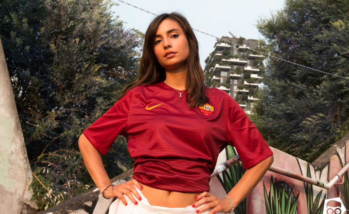 completo calcio ROMA Donna