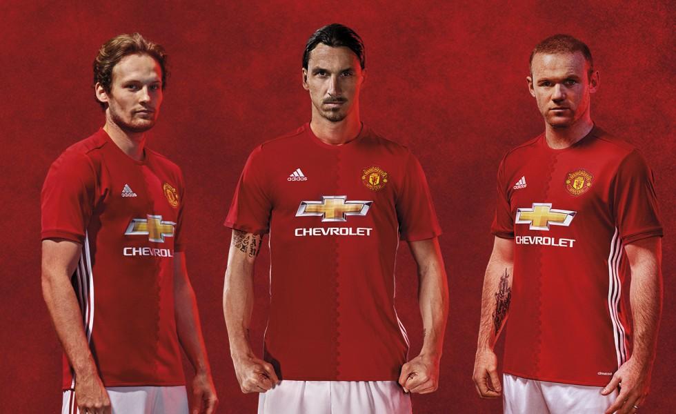 Il Manchester United svela la maglia 2016/17