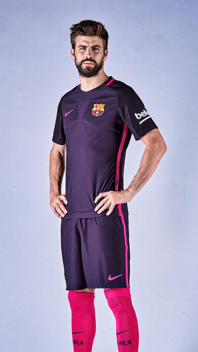 seconda maglia Barcellona 2016 17