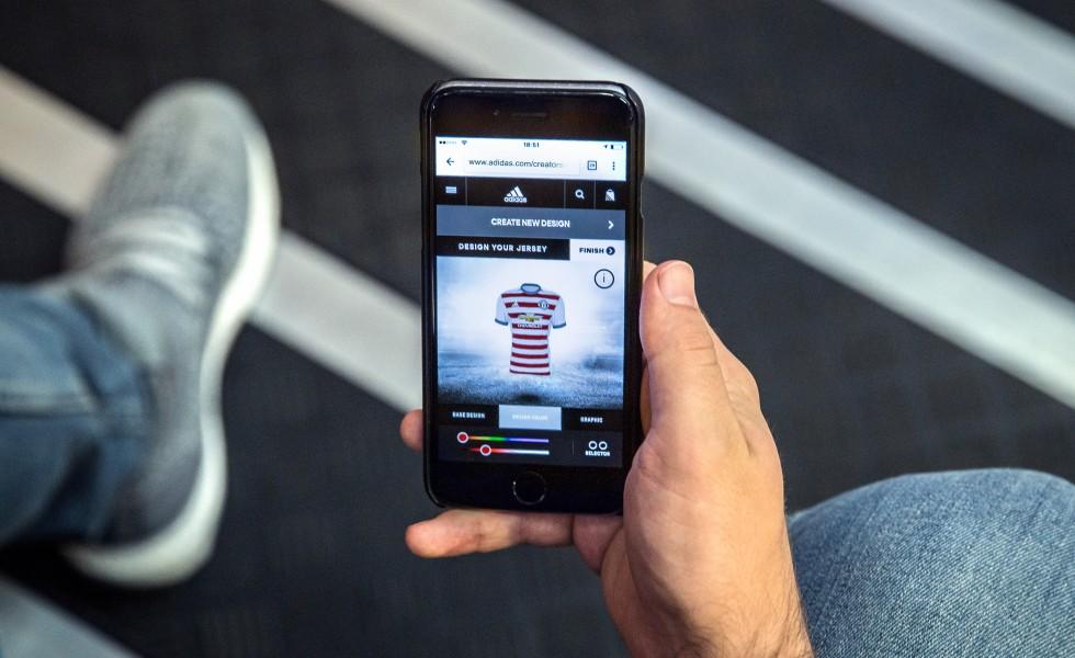 Adidas Creator Studio: crea la terza maglia del tuo club
