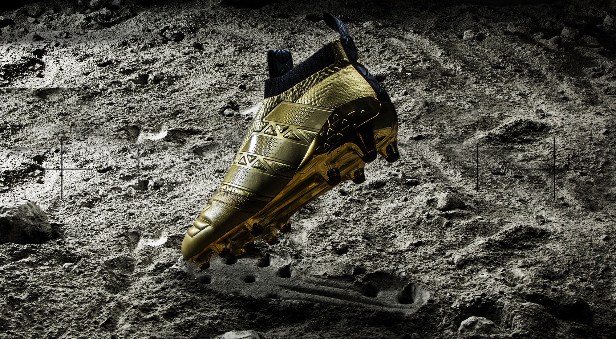 f6561dc71 Adidas Space Craft Pack: oro e pelle