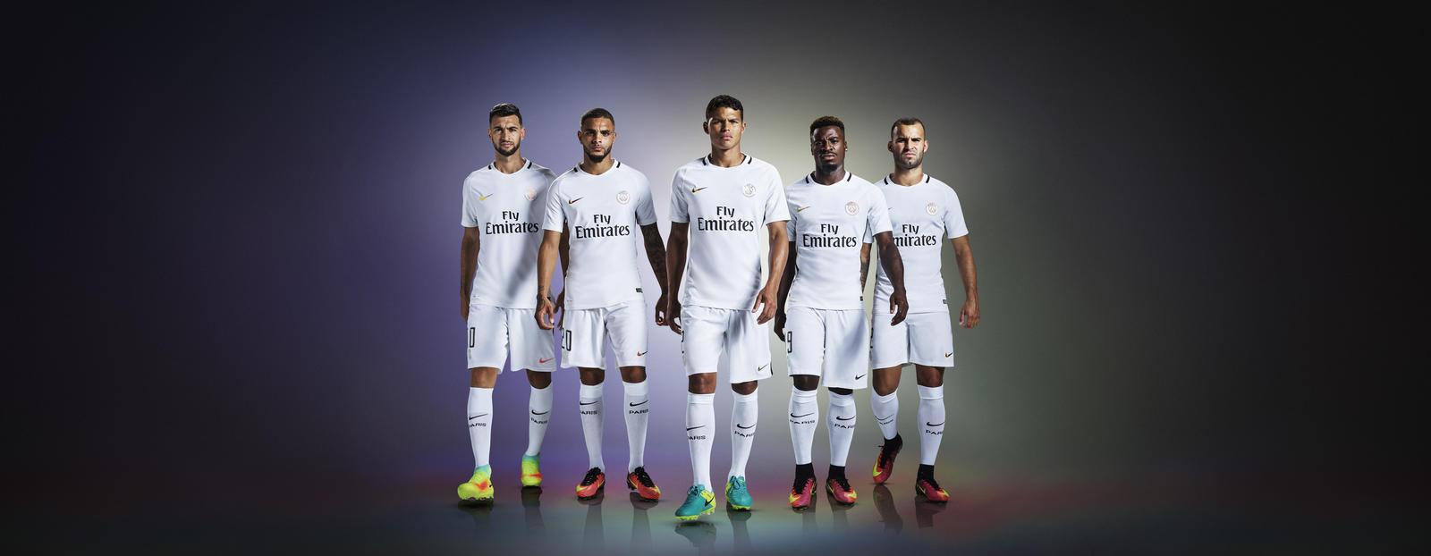 Nike, la terza maglia del Paris Saint-Germain