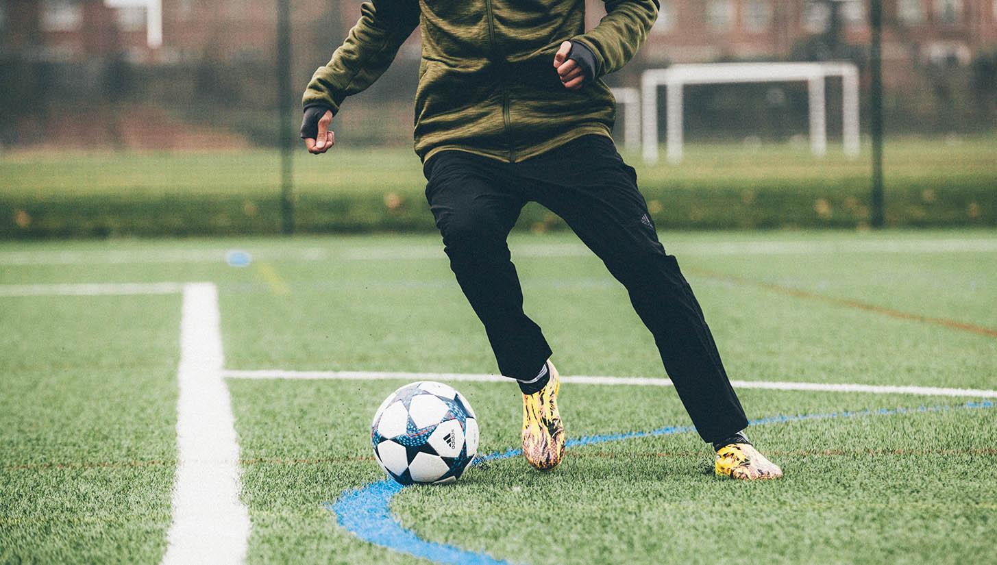 Adidas Glitch 16