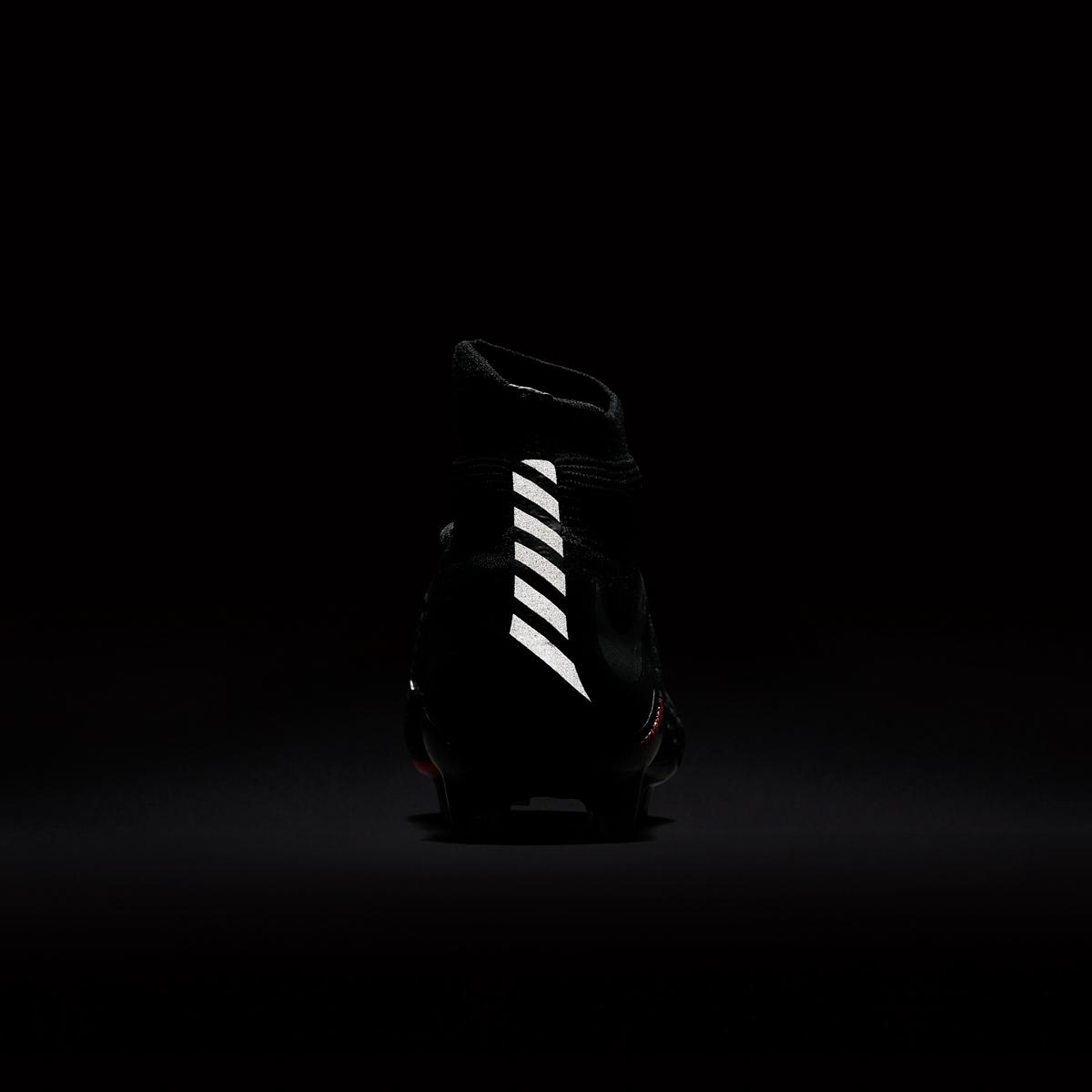Nike Hypervenom 3 Strike Night