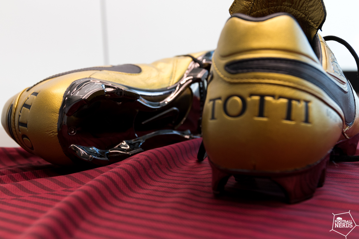 RomaLe Esclusive Foto Totti Tiempo Nike X VpqzMGSU