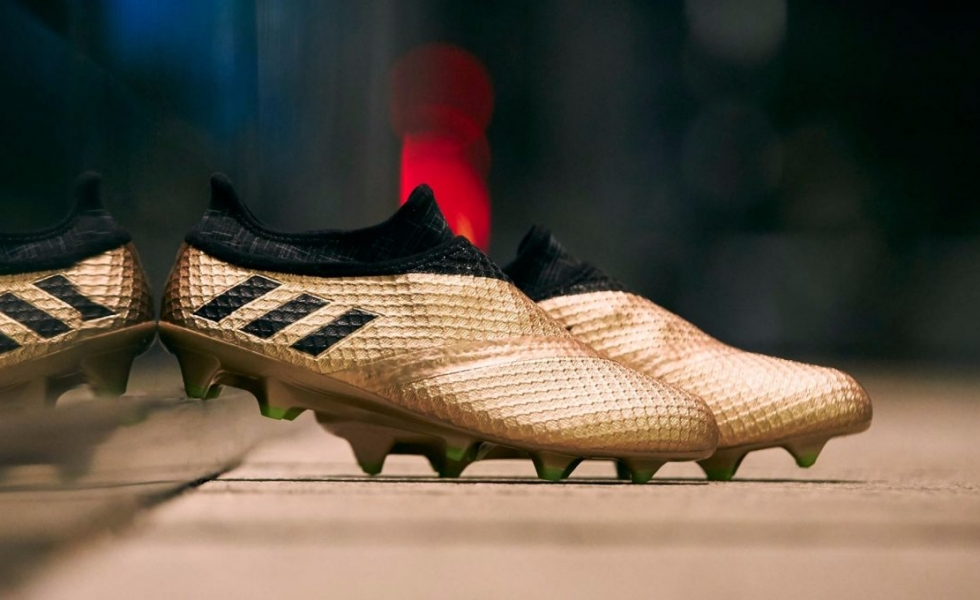 Adidas propone le Messi 16 in versione Turbocharge