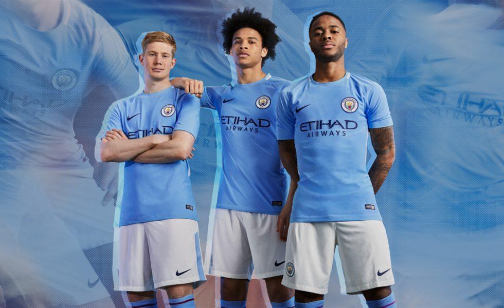 Manchester City, Nike presenta la maglia 2017/18