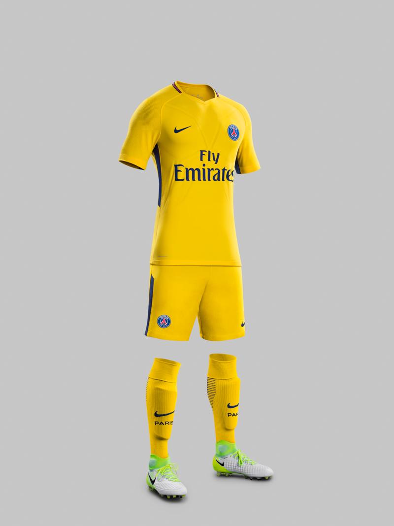 Nike, il kit away del PSG 2017/18