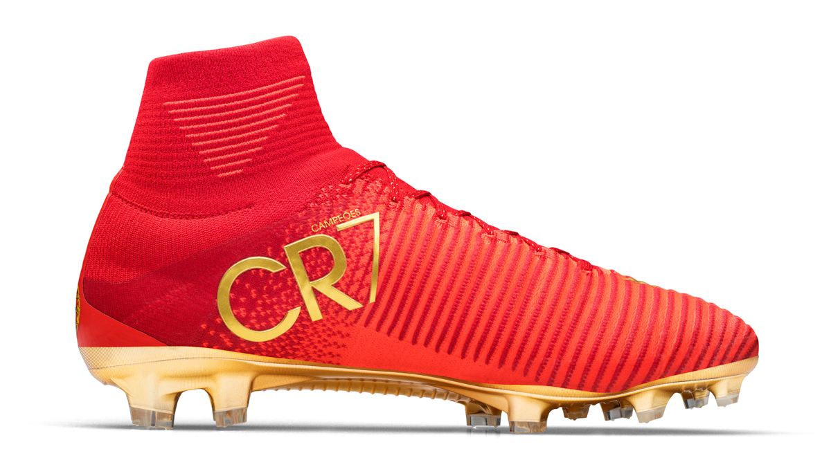 trova il prezzo più basso qualità superiore sezione speciale scarpe di ronaldo nuove dorate