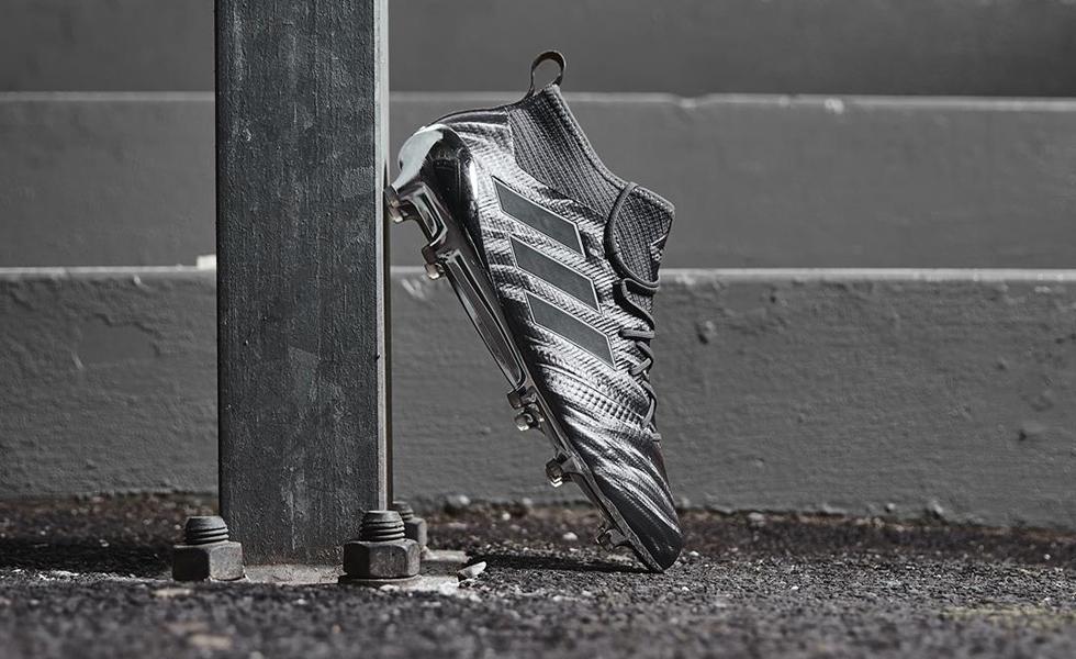 online retailer f3de1 cd4c4 Adidas Magnetic Control: le Ace 17.1 vestono metallo