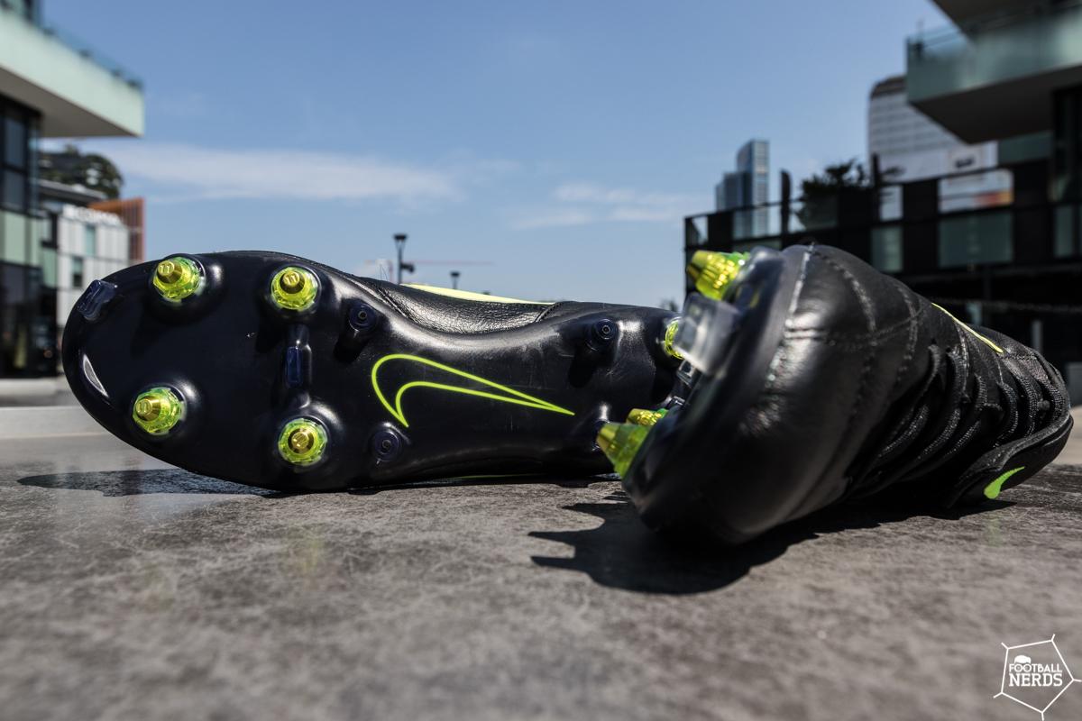 Nike premier 2 anti-clog
