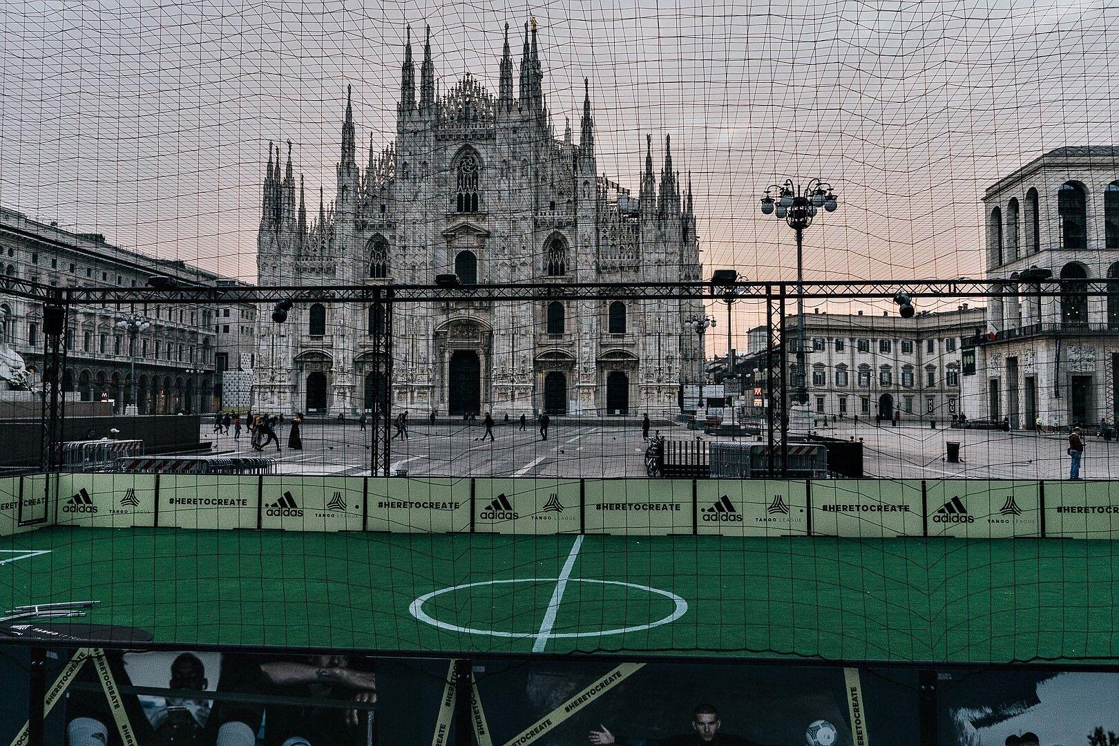 8c4f5fff8c68c Beckham aprirà il nuovo adidas store di Milano il 29 settembre