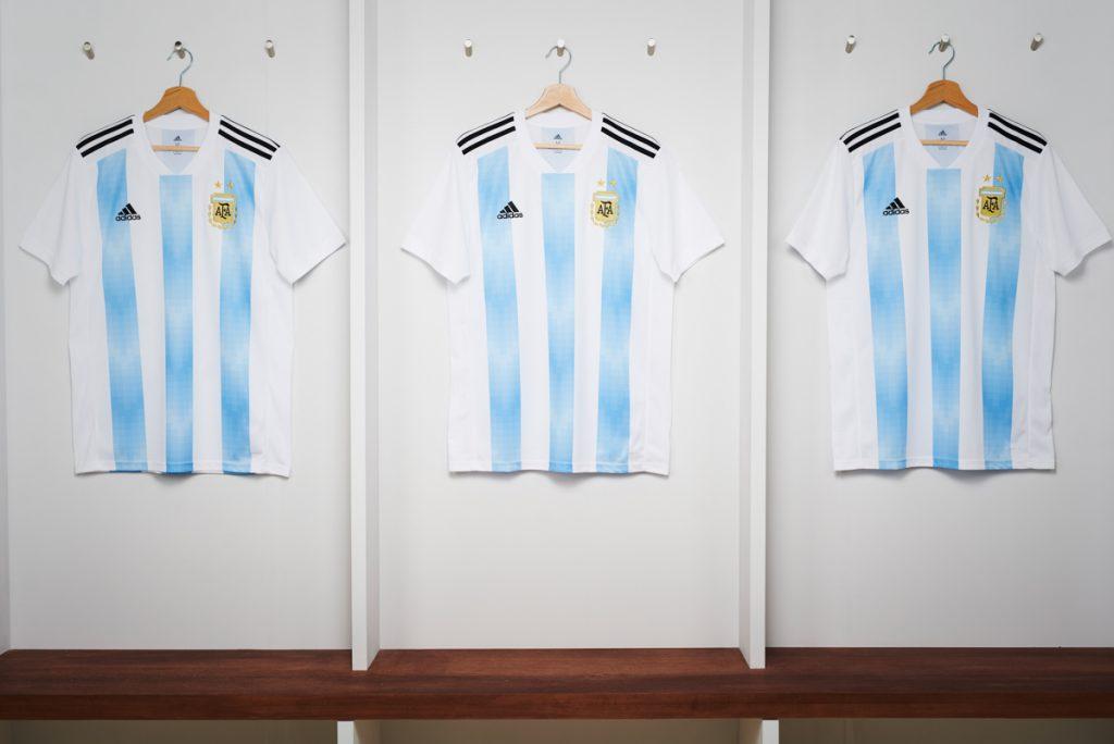 Adidas, le maglie dell'Argentina per Russia 2018