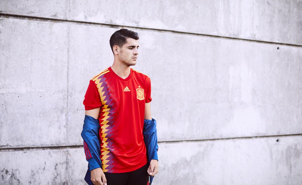 Back to the 90's: la maglia della Spagna per Russia 2018