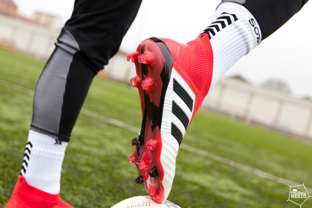 Come scegliere la suola della scarpa da calcio