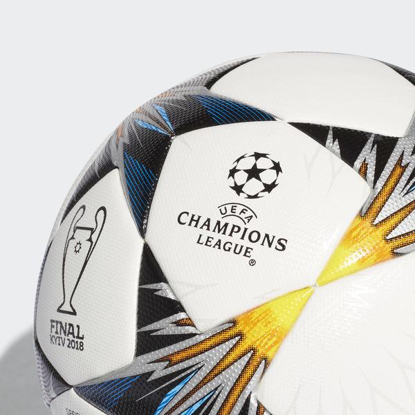 champions league pallone finale kiev 2018