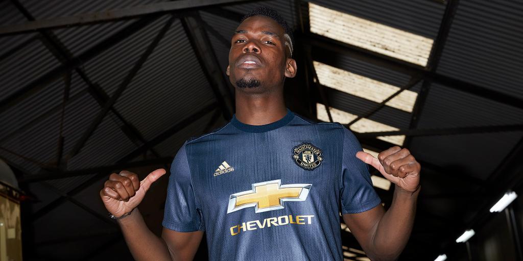 Adidas lancia le maglie del Manchester United 2018 2019