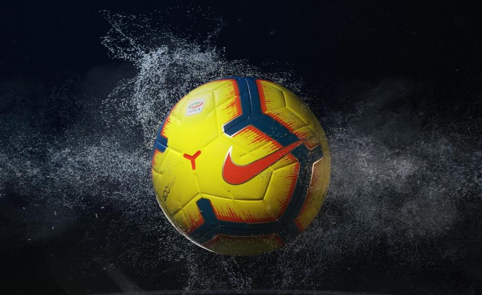 """Nike Merlin Hi-Vis, il pallone """"invernale"""" della Serie A"""