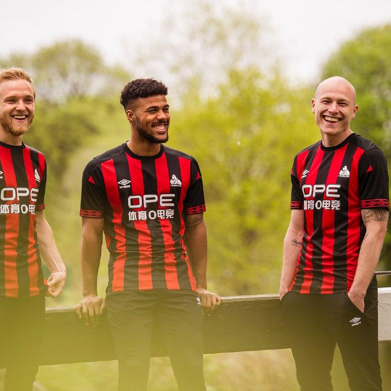 maglie premier league 2018 2019 huddersfield A