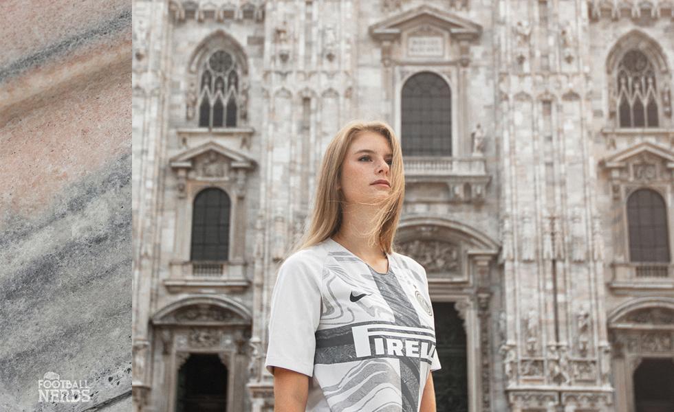Il marmo del Duomo sulla terza maglia dell'Inter 2018 2019