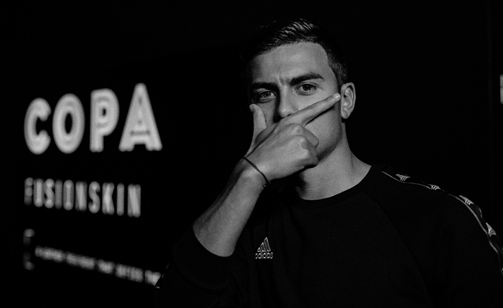 Adidas, il video Paulo Dybala – Behind the Mask
