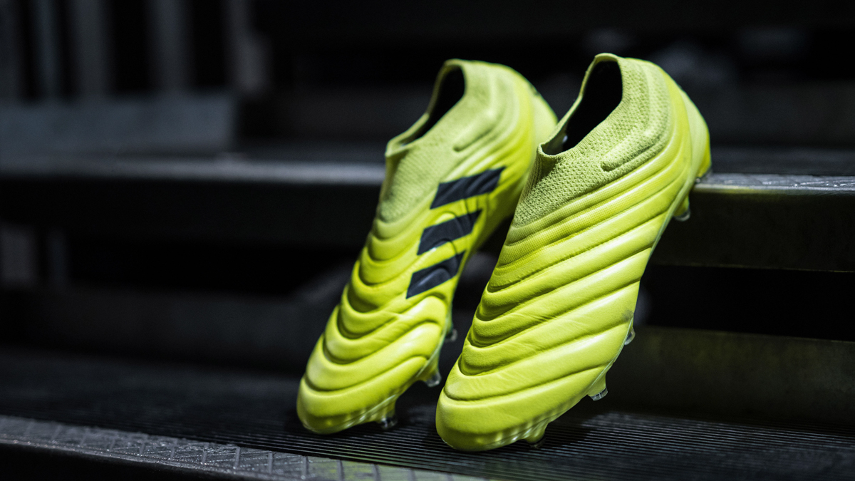 scarpe da calcio Adidas Hard Wired Pack