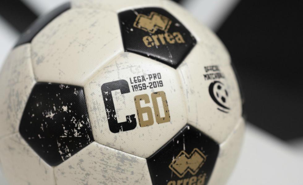 Erreà, un pallone speciale per i 60 anni della Serie C