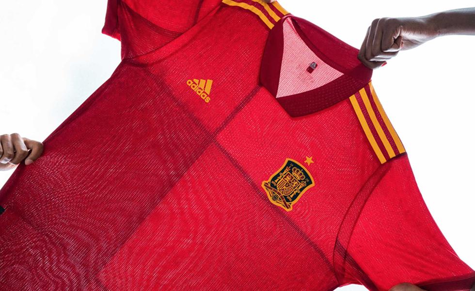 Le maglie Adidas della Spagna per EURO 2020