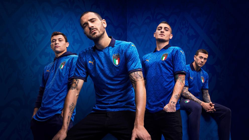 I giocatori con la nuova maglia Italia euro 2020